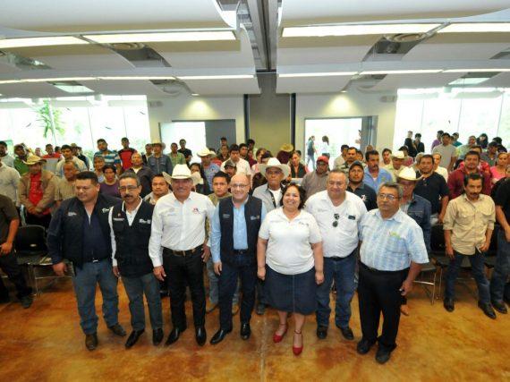 Gobierno del Estado entrega 836 mil pesos en Gómez Farias, Llera y Ocampo.