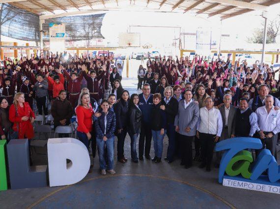 Anuncia alcalde beneficios para  planteles de la colonia Zaragoza.