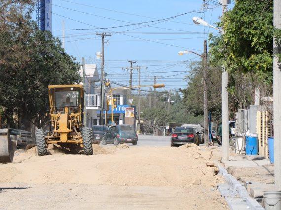 Continúan trabajos de obra pública en el municipio.