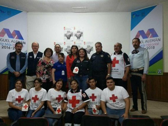 Rosy Corro Invita a la ciudadanía a contribuir con la Cruz Roja.
