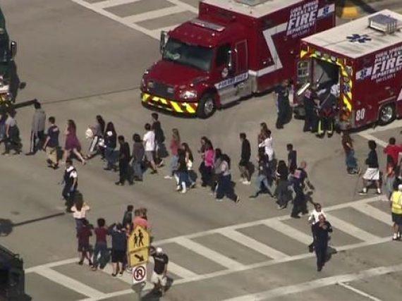 Tiroteo en escuela de Florida deja más de 20 heridos.