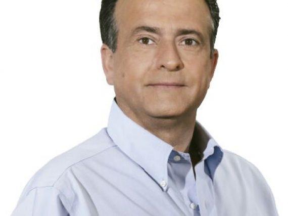Ernesto Robinson Terán inicia campaña.