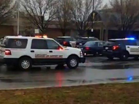 Tiroteo en escuela de Maryland deja tres heridos.