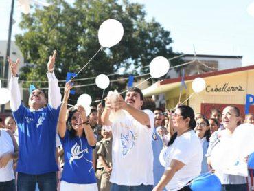 *Pide Presidente Municipal que alumnos fomenten la paz.*
