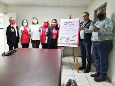 Firman Chuy Valdez y Cristabell la Agenda por las Mujeres