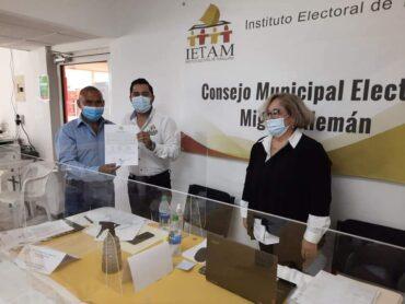 RECIBE RAMIRO CORTEZ BARRERA, CONSTANCIA DE MAYORÍA COMO PRESIDENTE MUNICIPAL ELECTO PARA EL PERIODO 2021-2024.