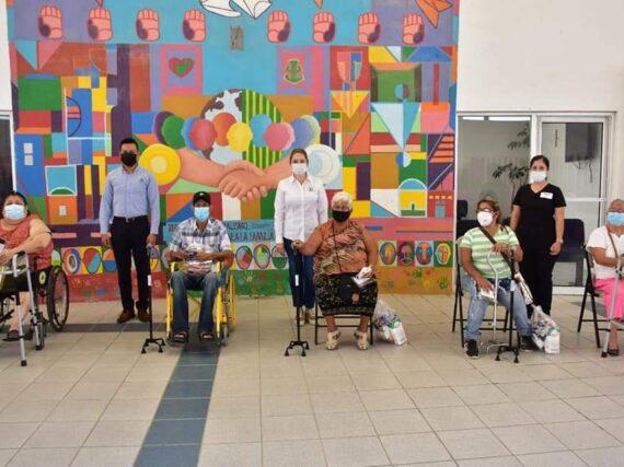 DIF Reynosa beneficia a personas con discapacidad