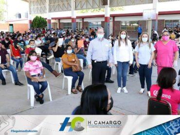 APLICAN EN CAMARGO LA VACUNA CONTRA EL COVID-19 EN PERSONAS DE 18 A 29 AÑOS DE EDAD